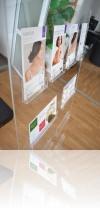 1-display-brosuri-din-plexiglas-premium
