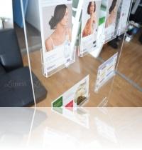 2-display-brosuri-din-plexiglas-premium