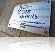 placa aluminiu gravata eea grants
