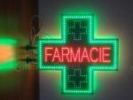 2-cruce-cu-led-farmacie-800