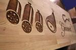 gravura in lemn si vopsire