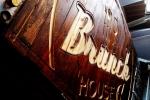 1- reclama din  lemn antichizata- PUB Brunch 6 -Iasi