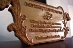 placuta gravata in lemn- trofeu
