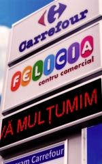 24.  totem cu inserturi Carrefour
